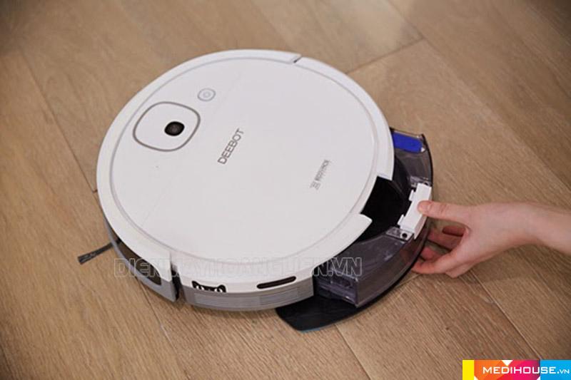Sử dụng robot hút bụi giúp tiết kiệm nước trong quá trinh làm sạch sàn